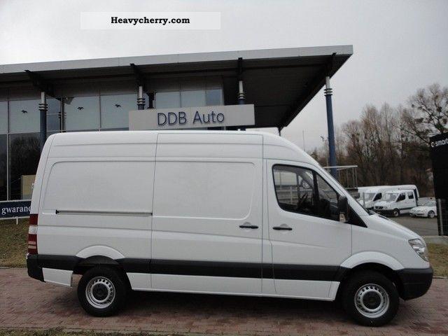 mercedes benz sprinter 313 cdi furgon 2012 other vans trucks up to 7 photo and specs. Black Bedroom Furniture Sets. Home Design Ideas
