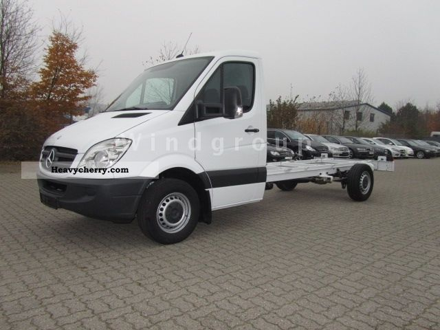 2012 Mercedes-Benz  Sprinter 316 CDI 4325 mm. Air + heater Van or truck up to 7.5t Chassis photo