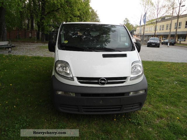 opel vivaro 1 9 air 2005 box type delivery van photo and specs. Black Bedroom Furniture Sets. Home Design Ideas