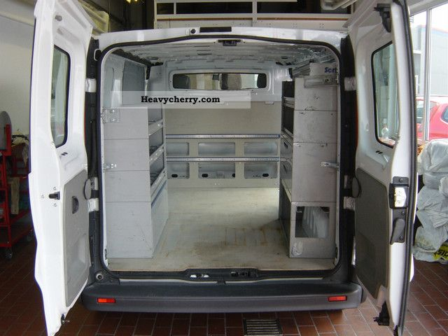 2007 Opel  2.0 CDTI Vivaro L2H1 long Van or truck up to 7.5t Box-type delivery van photo