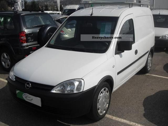 opel combo cargo 1 3cdti base 2008 box type delivery van photo and specs. Black Bedroom Furniture Sets. Home Design Ideas