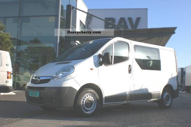 2007 Opel  2.0 CDTI Vivaro L1H1 part glazed 6-seater Van or truck up to 7.5t Box-type delivery van photo