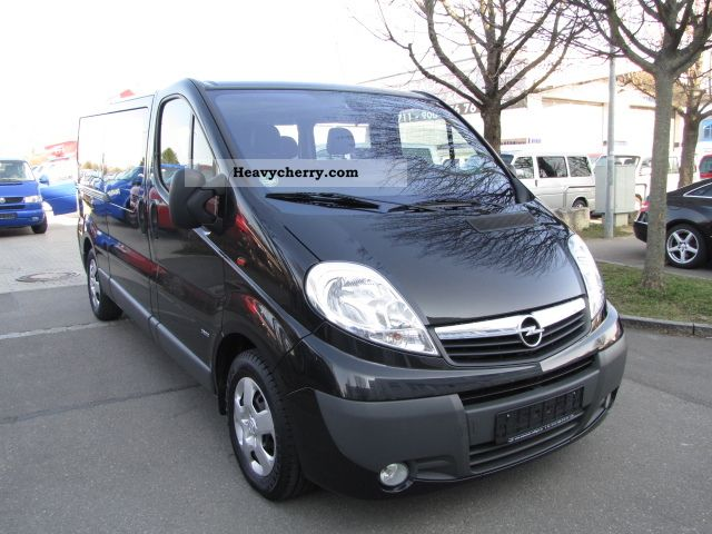 opel vivaro 2 5 cdti 147ps dpf 9 seater lang l2 2009. Black Bedroom Furniture Sets. Home Design Ideas