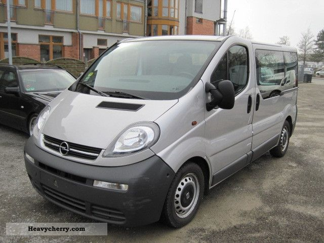 opel vivaro 1 9 cdti i hand climate 2005 box type delivery van photo and specs. Black Bedroom Furniture Sets. Home Design Ideas
