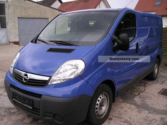 opel vivaro 2 5 cdti l1h1 tecshift easytronic air 2007. Black Bedroom Furniture Sets. Home Design Ideas