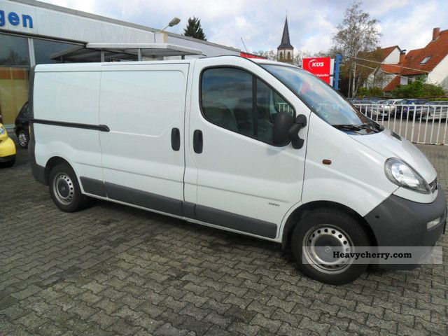 opel vivaro 1 9 cdti l2 h1 2004 box type delivery van long photo and specs. Black Bedroom Furniture Sets. Home Design Ideas
