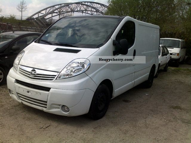 opel vivaro 2008 box type delivery van photo and specs. Black Bedroom Furniture Sets. Home Design Ideas
