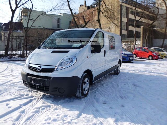 2012 Opel  2.0 CDTi Vivaro L1H1 box 114 HP air, R / W CD Van or truck up to 7.5t Box-type delivery van photo