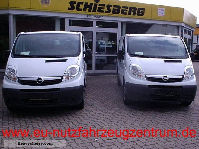 2011 Opel  2.0 CDTi Vivaro panel L1 H1 2.9 t 115hp Van or truck up to 7.5t Box-type delivery van photo