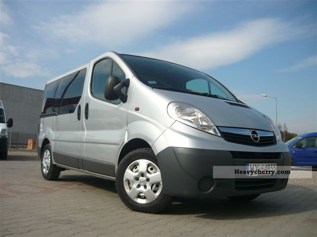 opel vivaro 2 5 cdti long full opcja air 2007 box type. Black Bedroom Furniture Sets. Home Design Ideas