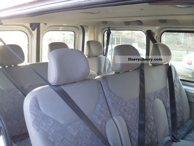 opel vivaro 9 place 2006 estate minibus up to 9 seats truck photo and specs. Black Bedroom Furniture Sets. Home Design Ideas