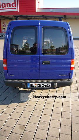 Opel Combo B LFW 2000 Box Type Delivery Van Photo And