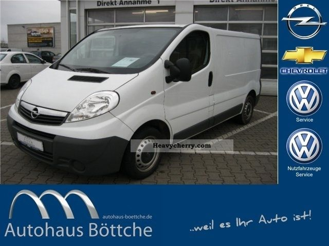 2007 Opel  2.0 CDTI Vivaro panel dual seat Van or truck up to 7.5t Box-type delivery van photo