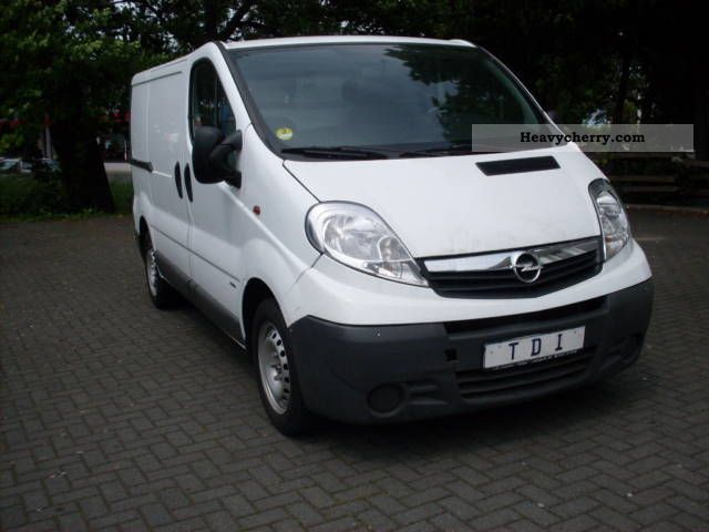 opel vivaro 1 9 liter cdti 2007 box type delivery van photo and specs. Black Bedroom Furniture Sets. Home Design Ideas