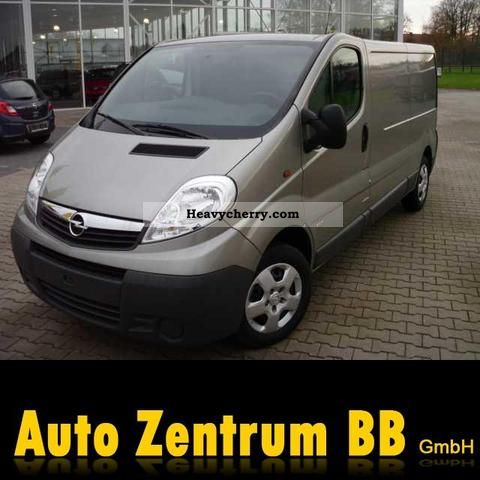 2011 Opel  2.0 CDTI Vivaro L2H1 box Van or truck up to 7.5t Box-type delivery van photo