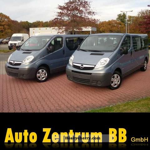 2011 Opel  2.0 CDTI Vivaro 9 seater L2H1 Van or truck up to 7.5t Estate - minibus up to 9 seats photo