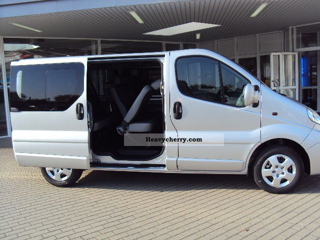 opel vivaro 2 0 cdti design edition 9 seater 2012 other vans trucks up to 7 photo and specs. Black Bedroom Furniture Sets. Home Design Ideas