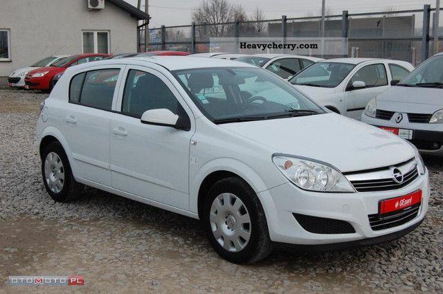 2007 Opel  Astra 1.7 CDTI Van ciężarowy VAT III-1 Van or truck up to 7.5t Box-type delivery van photo