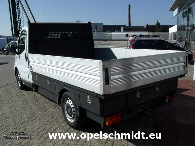 opel vivaro 2007 box type delivery van photo and specs. Black Bedroom Furniture Sets. Home Design Ideas