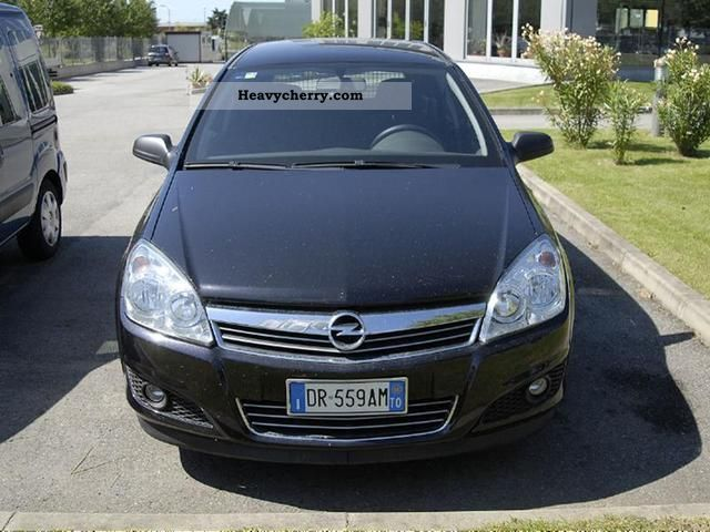 2008 Opel  Astra 1.7 CDTI 101CV SW 3p. Van Van or truck up to 7.5t Other vans/trucks up to 7 photo