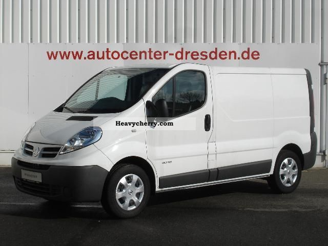 opel vivaro 2011 box type delivery van photo and specs. Black Bedroom Furniture Sets. Home Design Ideas
