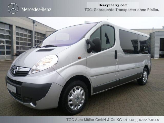 opel vivaro combi 2007 estate minibus up to 9 seats truck photo and specs. Black Bedroom Furniture Sets. Home Design Ideas