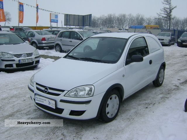 2005 Opel  Corsa 1.2 16V Benzyna Van or truck up to 7.5t Other vans/trucks up to 7 photo
