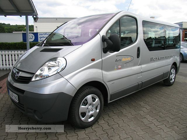 opel vivaro 2 5 cdti with 107 kw 146 hp 2011 other vans. Black Bedroom Furniture Sets. Home Design Ideas