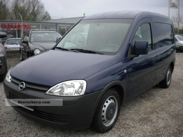 2005 Opel  Combo 1.3 CDTI truck Kassten-Good condition Van or truck up to 7.5t Box-type delivery van - long photo