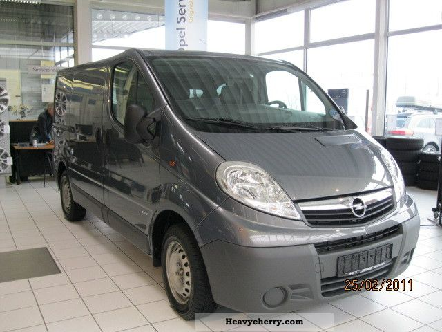 2011 Opel  Vivaro 2.0 CDTI KW L1 2.9 t / 84 kW Van or truck up to 7.5t Other vans/trucks up to 7 photo