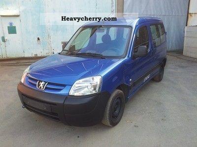 2006 Peugeot  Partner Van or truck up to 7.5t Box-type delivery van photo