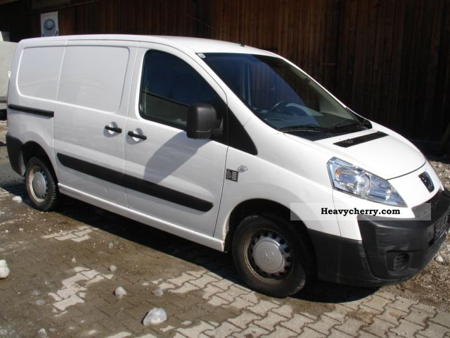 2007 Peugeot  Expert 1.6 HDI CLIMATE Van or truck up to 7.5t Box-type delivery van photo