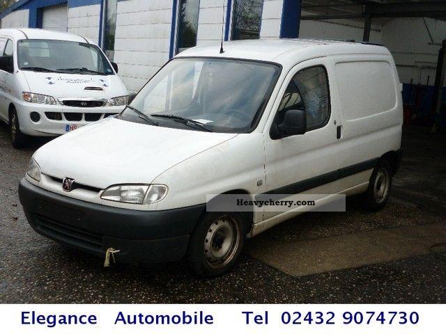 1999 Peugeot  Partner Van or truck up to 7.5t Box-type delivery van photo