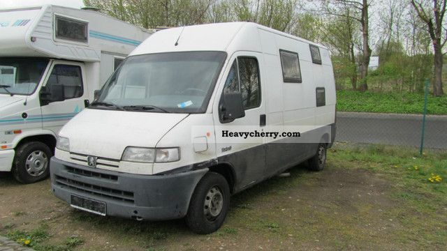 1997 Peugeot  Boxer Van or truck up to 7.5t Box-type delivery van - high and long photo