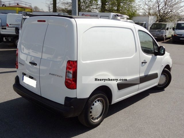 peugeot partner ii fourgon tole pack cd clim 120 2008 box type delivery van photo and specs. Black Bedroom Furniture Sets. Home Design Ideas