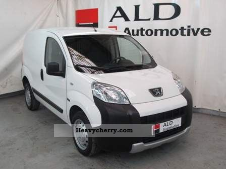 2010 Peugeot  Bipper 1.4 HDI 117 L1 70 PACK BLUE LION Van or truck up to 7.5t Box-type delivery van photo