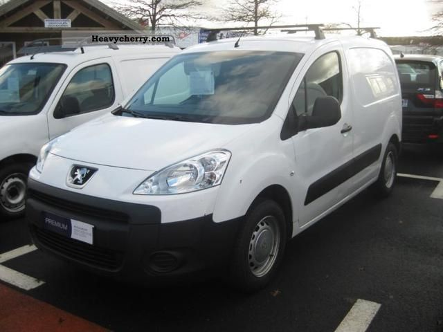 2009 Peugeot  Partners Fgtte 120 L1 HDi90 Confort Van or truck up to 7.5t Box-type delivery van photo