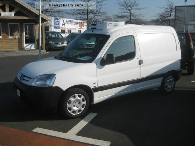 2007 Peugeot  Partners Fgtte 170C HDi75 Cft Van or truck up to 7.5t Box-type delivery van photo
