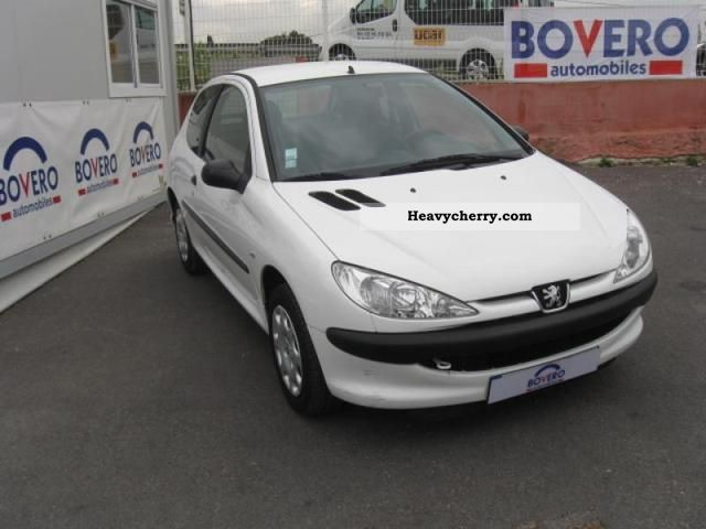 2007 Peugeot  Sté 1.4HDi 206 Pack CD Clim 3p Van or truck up to 7.5t Box-type delivery van photo