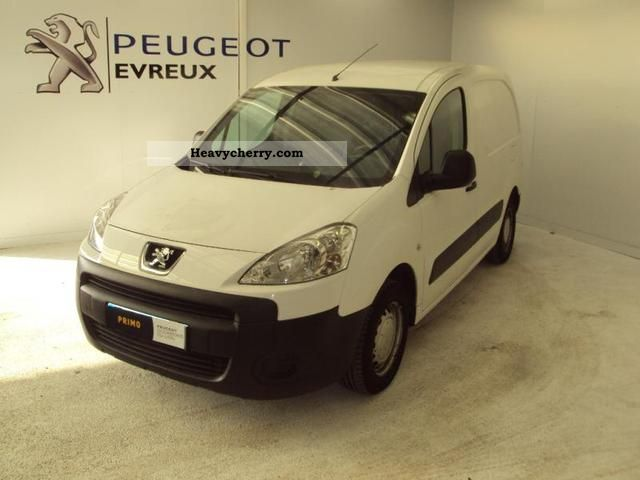 2009 Peugeot  Partners Fgtte 120 L1 HDi75 Confort Van or truck up to 7.5t Box-type delivery van photo