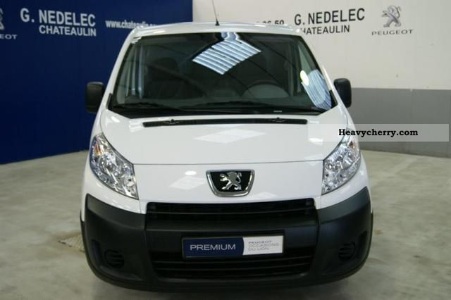 peugeot expert fg 229 l2h1 confort hdi130 2011 box type delivery van photo and specs. Black Bedroom Furniture Sets. Home Design Ideas