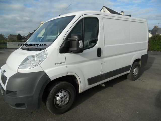 2008 Peugeot  Boxer 330 L1H1 Fg HDi100 Cft Van or truck up to 7.5t Box-type delivery van photo