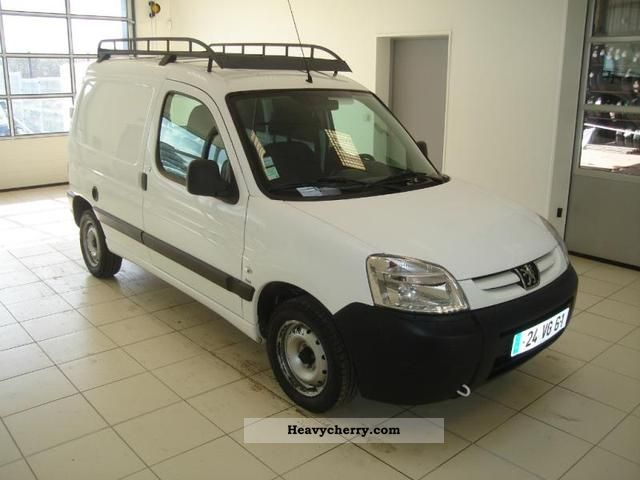 2008 Peugeot  Partners Fgtte 170C HDi75 Cft Van or truck up to 7.5t Box-type delivery van photo