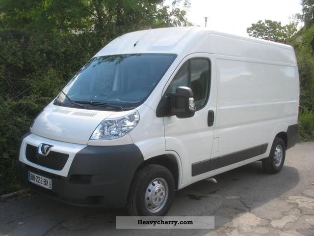 peugeot boxer 333 l2h2 fg hdi120 cft 2011 box type delivery van photo and specs. Black Bedroom Furniture Sets. Home Design Ideas