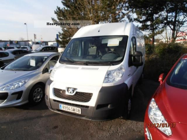 2007 Peugeot  Boxer 333 L2H2 Fg HDi100 CD Clim Van or truck up to 7.5t Box-type delivery van photo