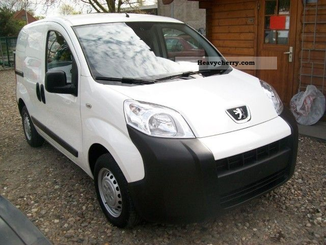 2009 Peugeot  Bipper 1.4 HDi base Van or truck up to 7.5t Box-type delivery van photo