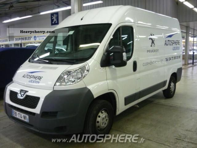 2010 Peugeot  Boxer 330 L2H2 Fg HDi100 CD Clim Van or truck up to 7.5t Box-type delivery van photo