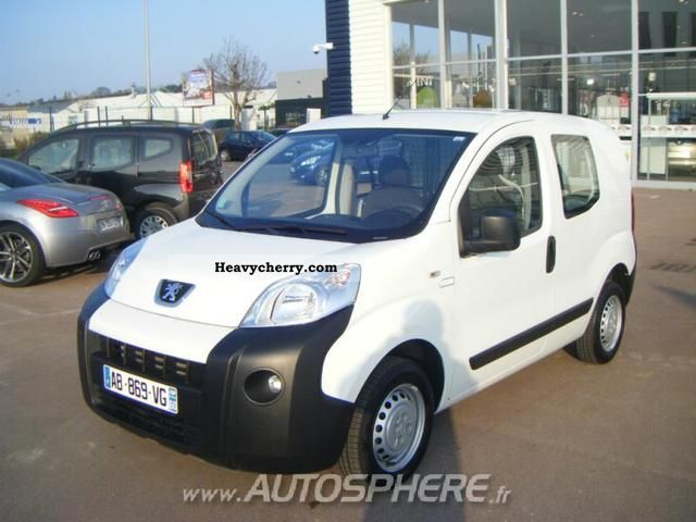 2009 Peugeot  Bipper HDi70 CD Clim BVP Van or truck up to 7.5t Box-type delivery van photo