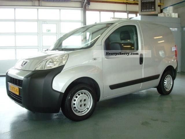 2008 Peugeot  Bipper 1.4 HDI Zilver Airco 50 kw Edition Van or truck up to 7.5t Other vans/trucks up to 7 photo