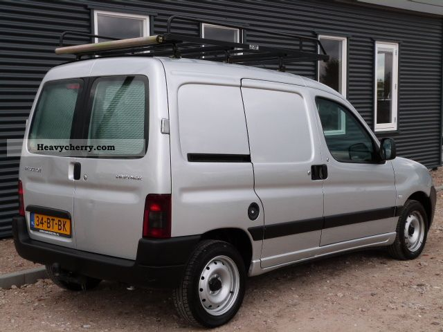 peugeot partner 1 9d margin schuifdeur 2005 other vans trucks up to 7 photo and specs. Black Bedroom Furniture Sets. Home Design Ideas